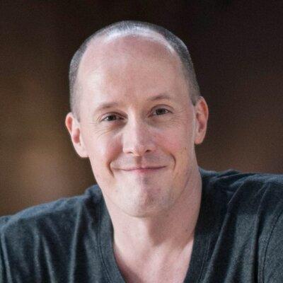 Chris Ducker - Best selling author and online entrepreneur