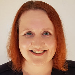 Rhona Aylward headshot